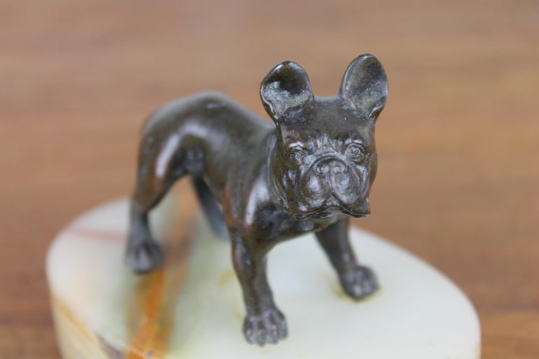 Art Deco Bulldog Dog Paperweight, Presse Papier on Marble Base For Sale 5