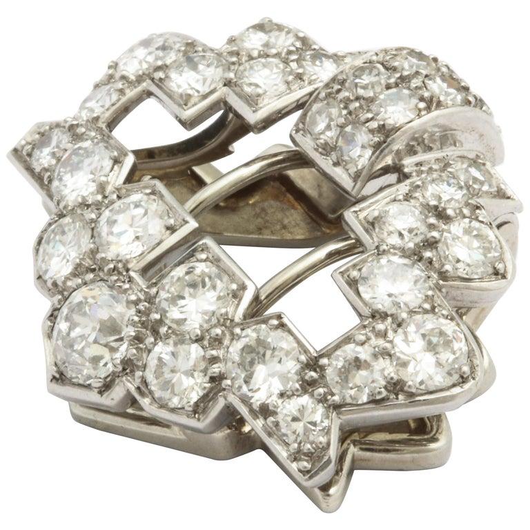Art Deco Cartier Platinum and Diamond Clip For Sale