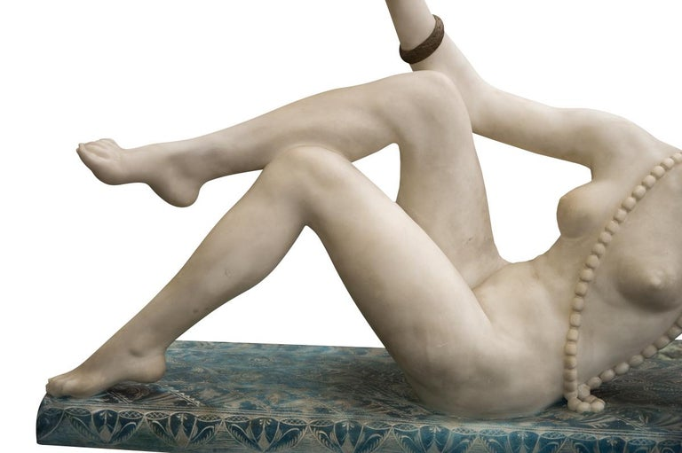 Art Nouveau Art Deco Carved Alabaster Figure of a Posing Nude Lady, circa 1920 For Sale