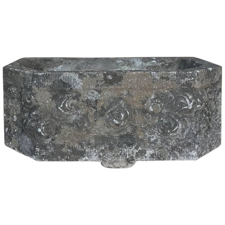 French Art Deco Carved Stone Jardinière, Fountain Basin For Sale