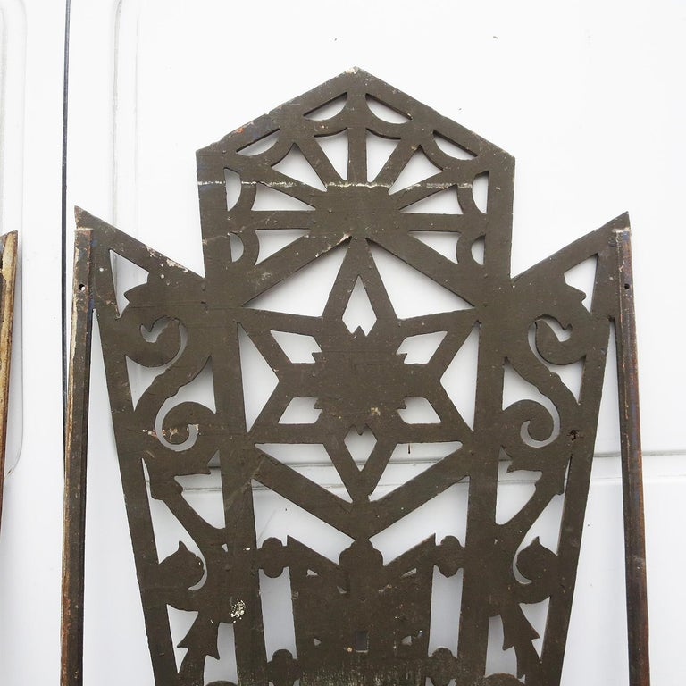 Art Deco Cast Iron Grates, Set of Two For Sale 2