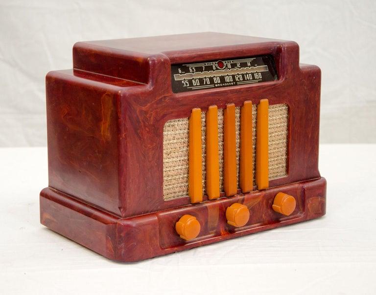 Canadian Art Deco Catalin Radio, Addison Model 5D For Sale