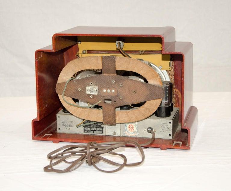 20th Century Art Deco Catalin Radio, Addison Model 5D For Sale