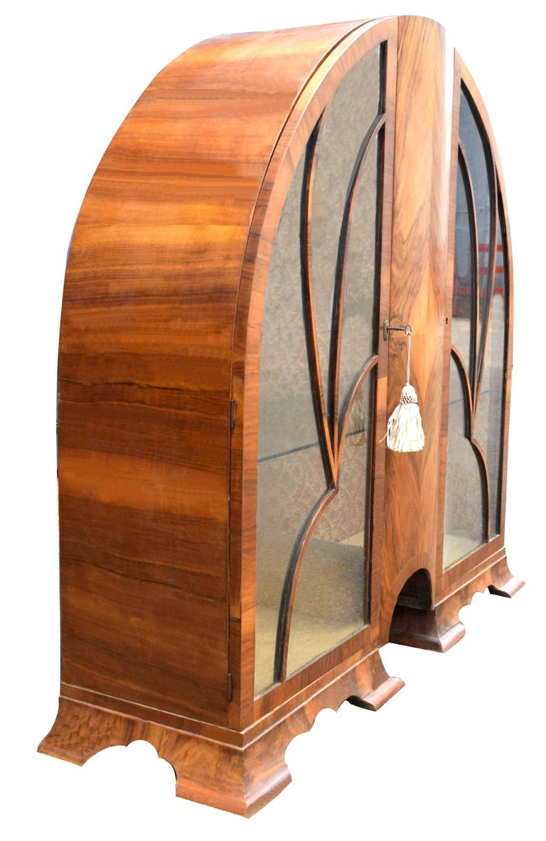 Art Deco Cathedral Display Cabinet, Vitrine, circa 1930 For Sale 1
