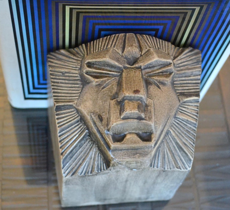 Art Deco Ceramic Bookends in the Shape of Lion Heads In Excellent Condition For Sale In London, GB