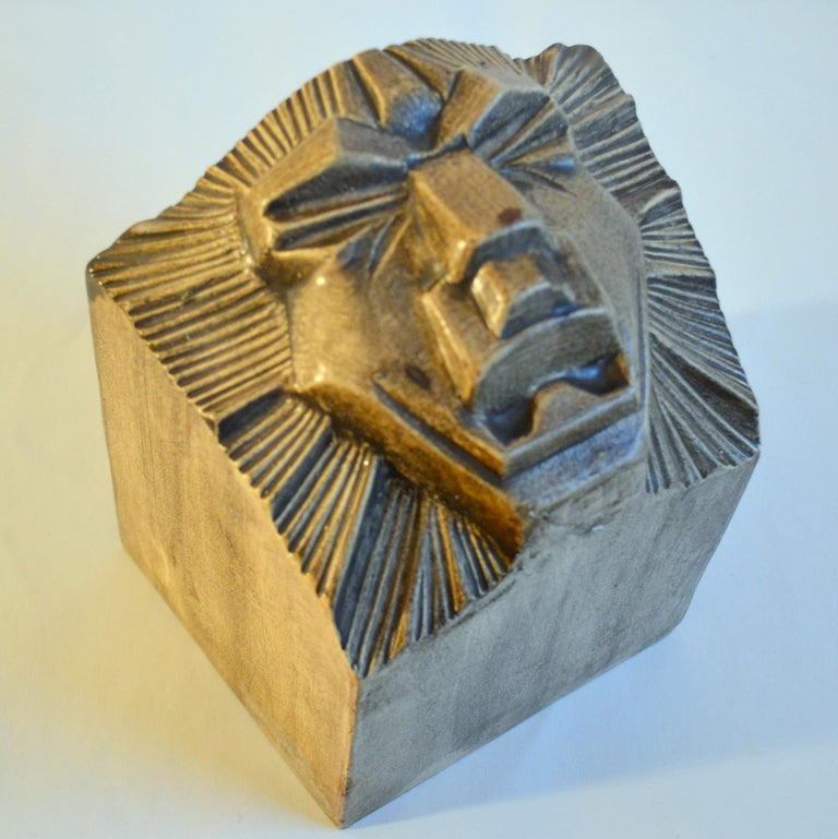 Art Deco Ceramic Bookends in the Shape of Lion Heads For Sale 1