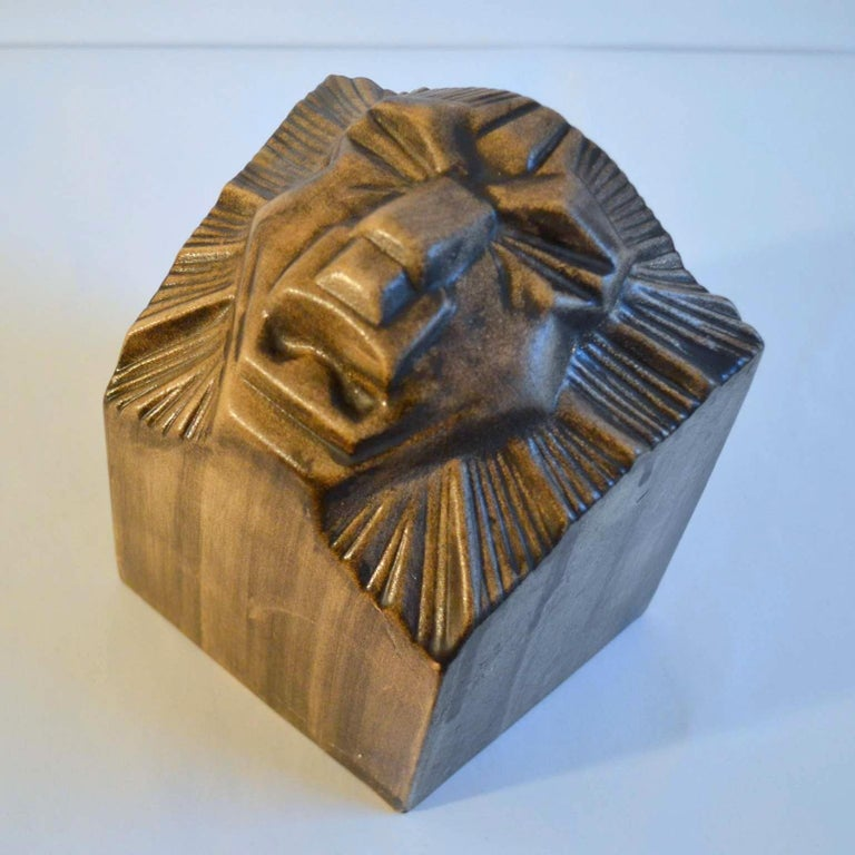 Art Deco Ceramic Bookends in the Shape of Lion Heads For Sale 2
