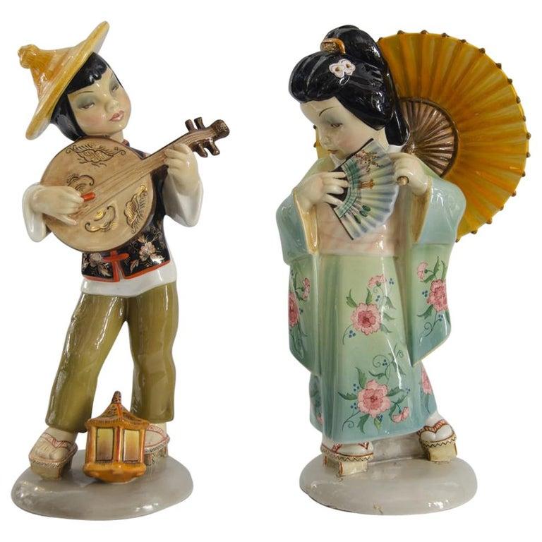 Art Deco Ceramic Couple Giapponese For Sale