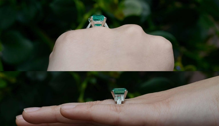 Emerald Cut Art Deco Certified 5.47 Carat Colombian Emerald Cocktail Ring Engagement Wedding