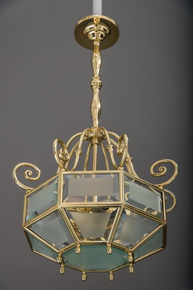 Cut Glass Art Deco chandelier, Vienna, circa 1920s For Sale