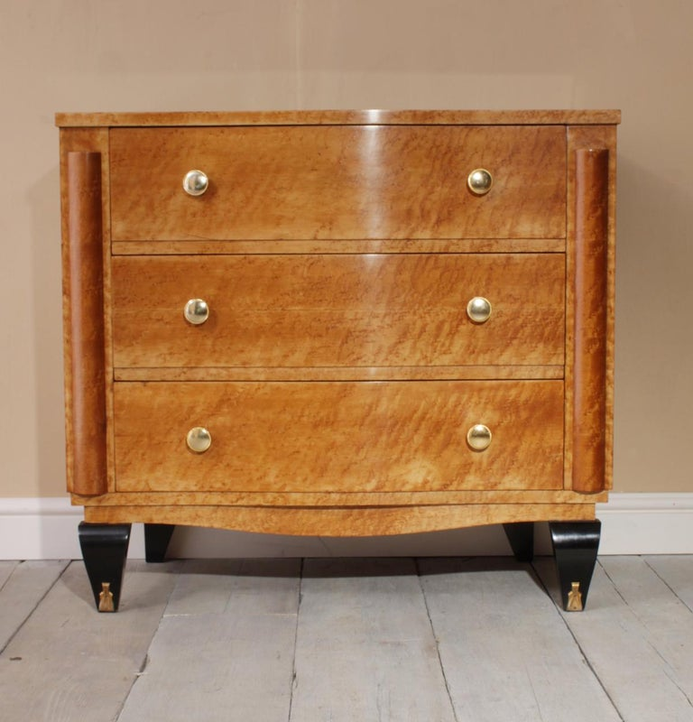 Art Deco Chest of Drawers in Bird's-Eye Maple For Sale 3
