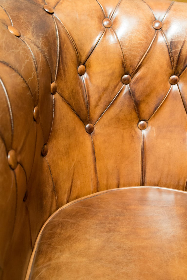 Art Deco Chesterfield Leather Club Chair In Good Condition For Sale In Darmstadt, DE