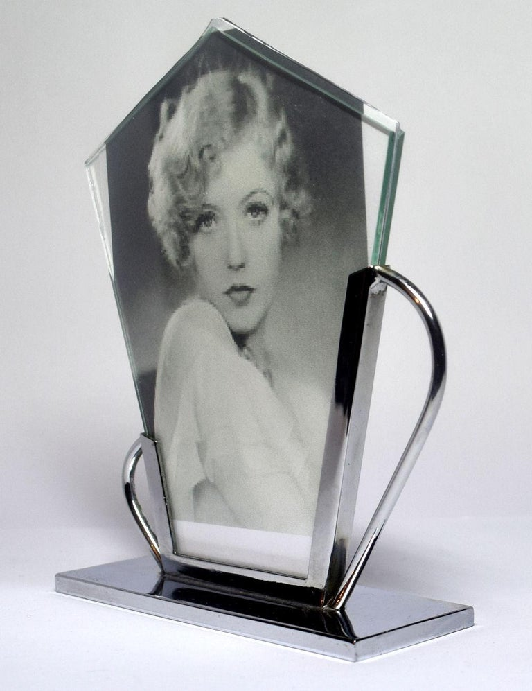 Art Deco Chrome Picture Frame In Good Condition For Sale In Devon, England