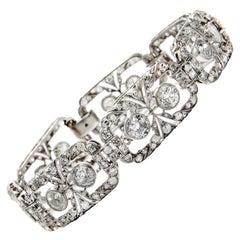 Art Deco circa 1925 11.35 Carat Old European Cut White Diamond Platinum Bracelet