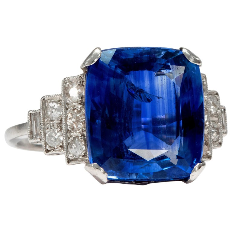 Art Déco  8.20 Carat Natural Blue Sapphire Diamond Platinum Cocktail Ring For Sale