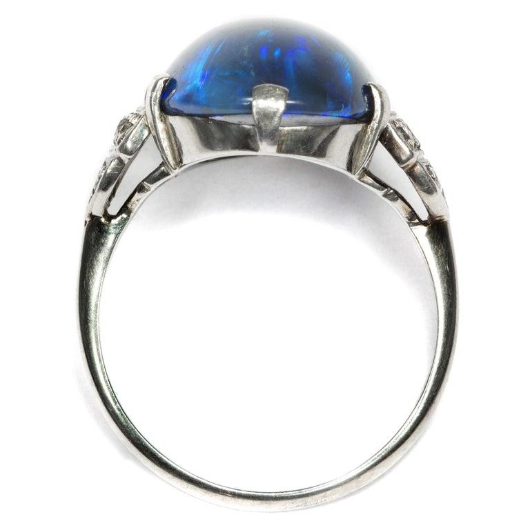 Art Deco circa 1930, Black Opal and Diamond Platinum 18 Karat Gold Cocktail Ring For Sale 1