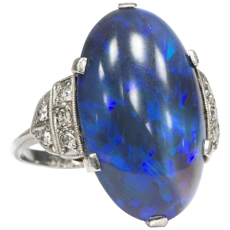 Art Deco circa 1930, Black Opal and Diamond Platinum 18 Karat Gold Cocktail Ring For Sale