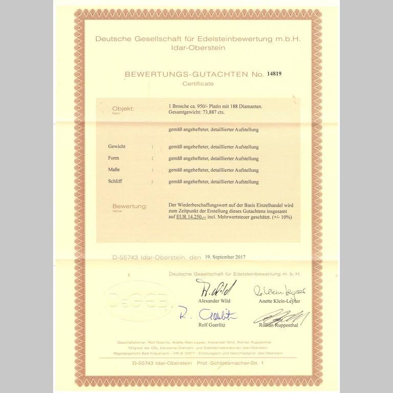 Art Déco circa 1930, Certified 7.3 Carat Diamond and Platinum Filigree Brooch For Sale 2