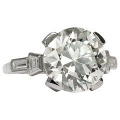 Art Deco circa 1940, Certified 4.74 Brilliant Diamond Solitaire Engagement Ring