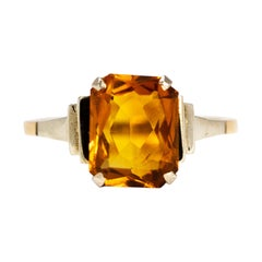 Art Deco Citrine and 9 Carat Gold and White Gold Ring
