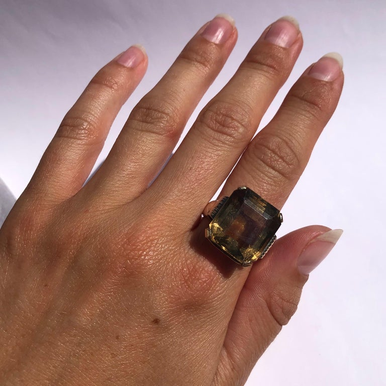 Women's Art Deco Citrine and 9 Carat Gold Cocktail Ring For Sale