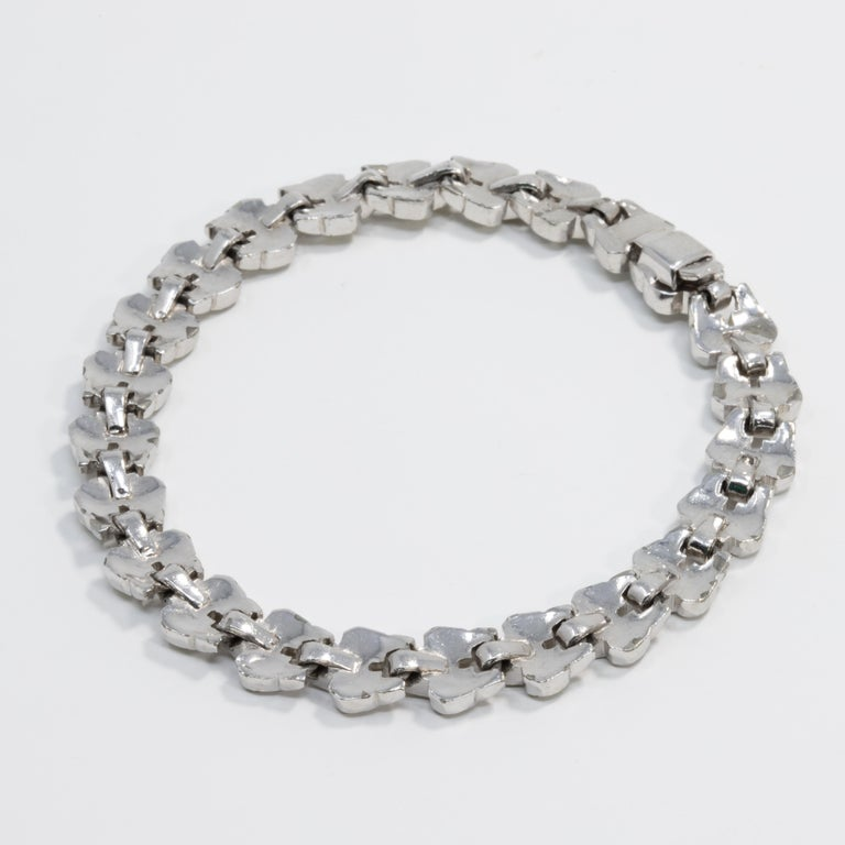 Art Deco Clear Crystal Encrusted Link Bracelet, Rhodium Plated In Good Condition For Sale In Milford, DE