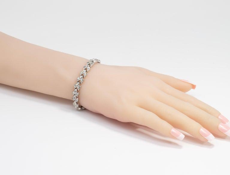 Art Deco Clear Crystal Encrusted Link Bracelet, Rhodium Plated For Sale 1