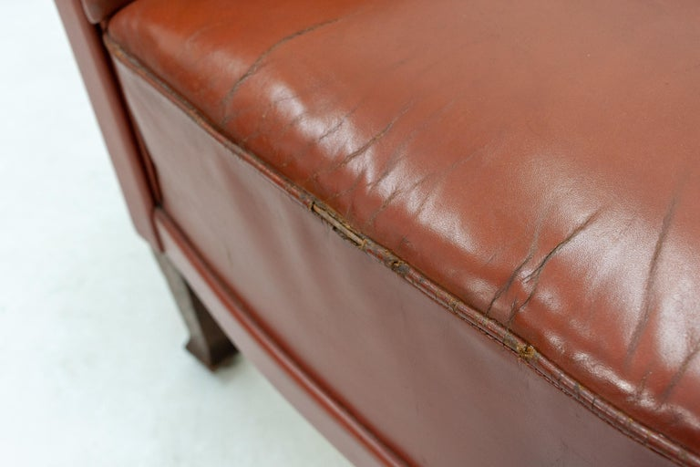 Art Deco Club Lounge Chair In Fair Condition For Sale In Den Haag, NL