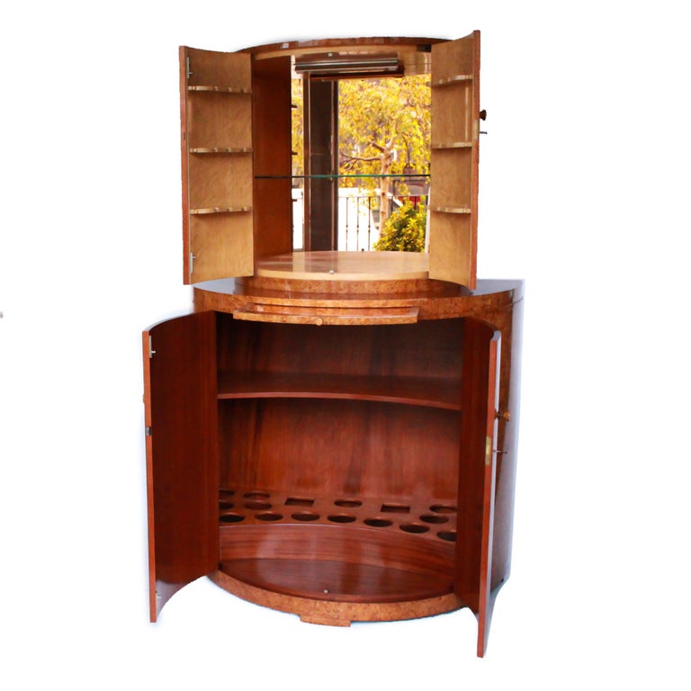 Art Deco Cocktail Cabinet by Harry & Lou Epstein Burr Walnut Veneer, circa 1930 In Good Condition For Sale In Forest Row, East Sussex