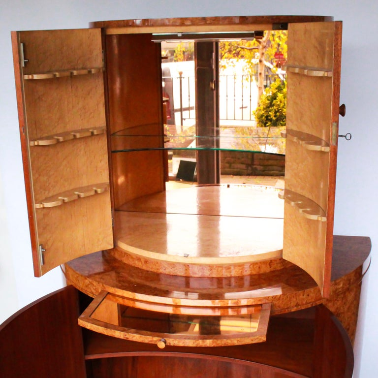 20th Century Art Deco Cocktail Cabinet by Harry & Lou Epstein Burr Walnut Veneer, circa 1930 For Sale