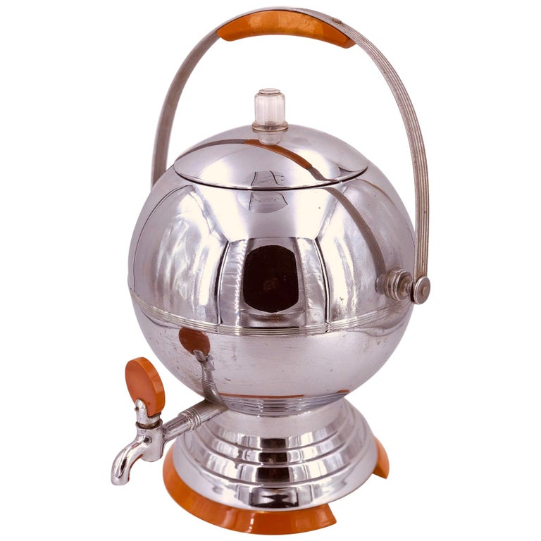 Art Deco Coffee Maker by Manning Bowman in Chrome and Bakelite For Sale