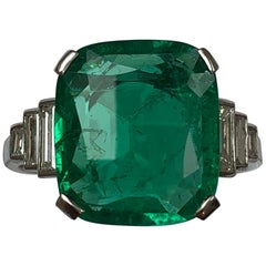 Art Deco Columbian 4.45 Carat Emerald and Diamond Platinum Ring