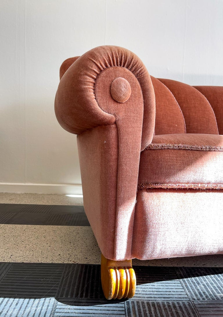 Art Deco Curved Sofa Sweden, 1930s In Good Condition For Sale In Langserud, SE