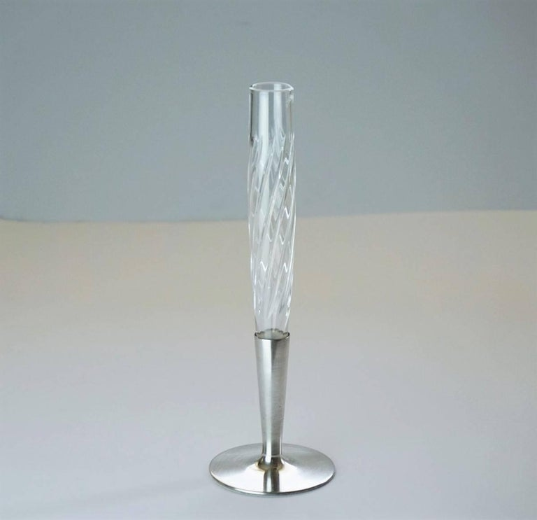 A Lovely Art Deco silver solitary of beautifully handcut crystal and sterling silver by Topázio, Portugal, circa 1930-1935. Hallmarked: Topázio poincon. Measures: Height 8.75 in (22 cm) Diameter/base 2.50 in (7 cm).