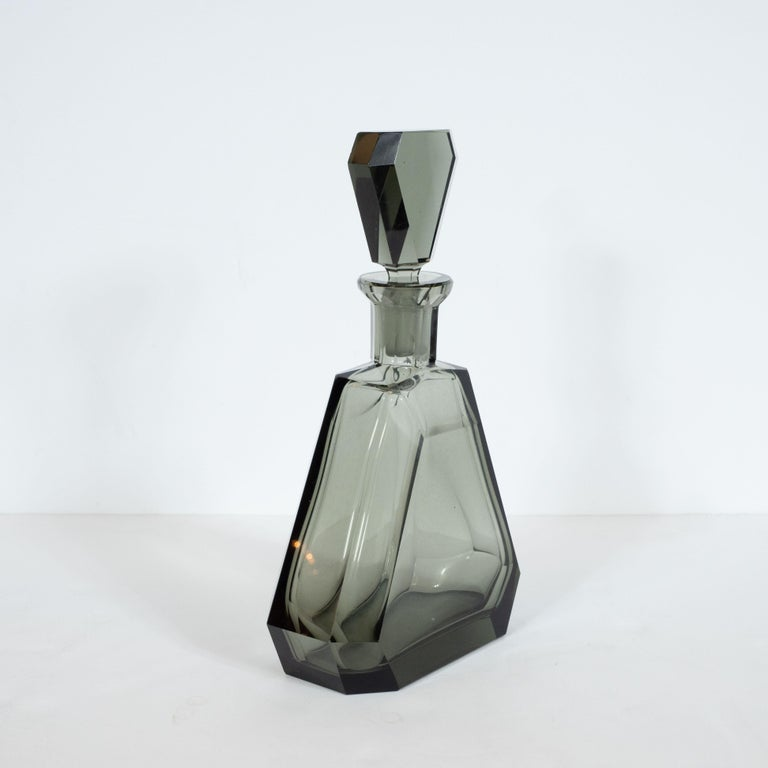 Art Deco Czech Cubist Decanter Set with Six-Shot Glass in Clear Graphite Glass For Sale 3