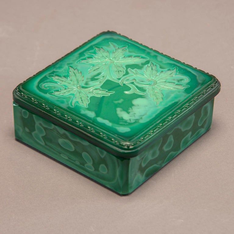 Art Deco Czech Malachite Glass Lidded Box In Excellent Condition For Sale In Troy, MI