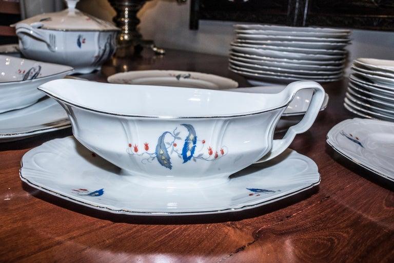 Art Deco Czechaslovakia Blueredjaune Porcelain 52 Pieces Tableware, 1930 For Sale 10