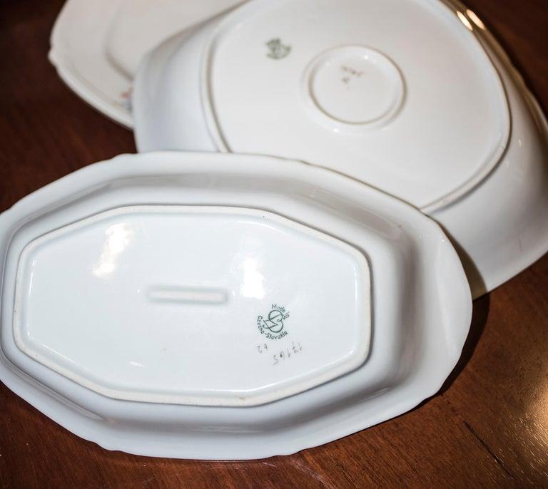 Art Deco Czechaslovakia Blueredjaune Porcelain 52 Pieces Tableware, 1930 For Sale 3