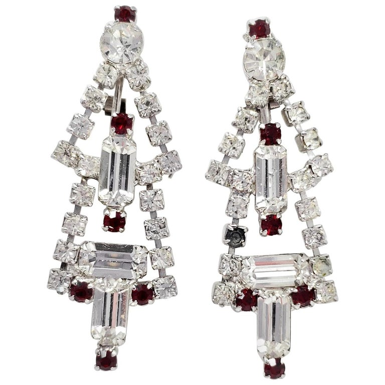 Art Deco Dangling Clip On Earrings in Silver, Red and Clear Crystal For Sale