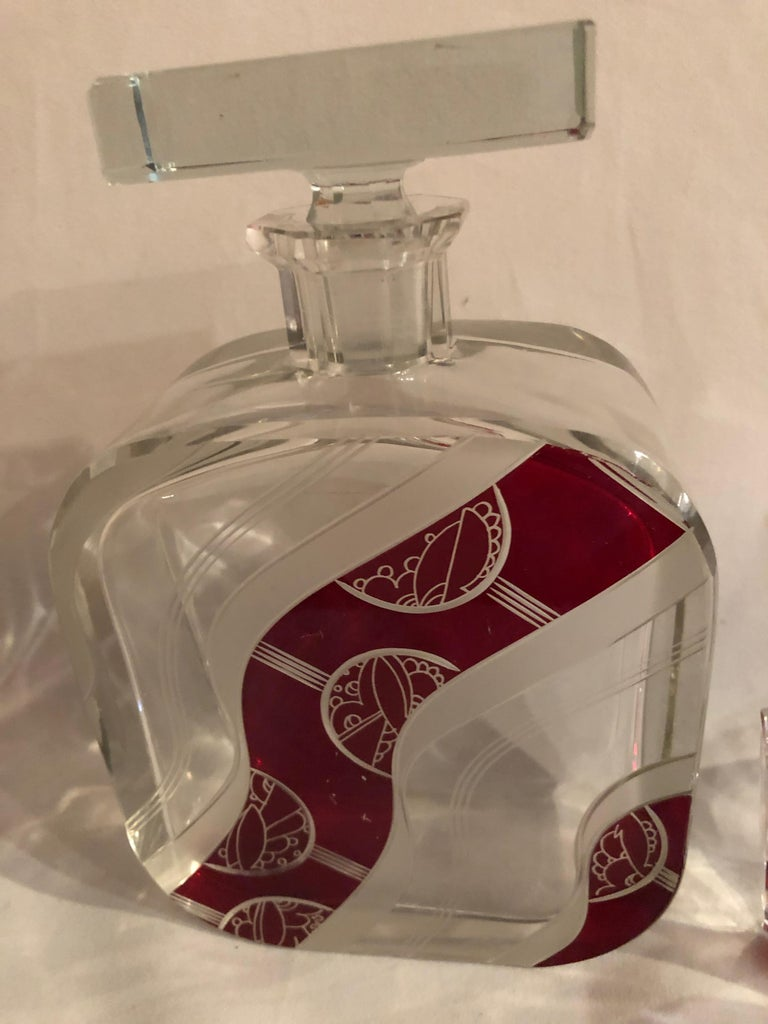 Mid-20th Century Art Deco Decanter Set in Red and Clear Czech Crystal For Sale