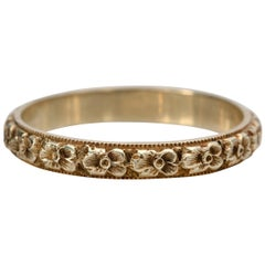 Art Deco Deep Relief Floral Carved Band with Milgrain Yellow Gold Vintage Ring