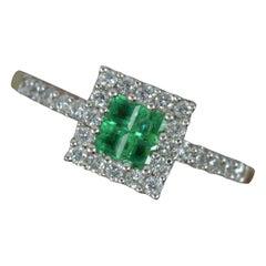 Art Deco Design 18 Carat Gold Emerald and Diamond Cluster Ring