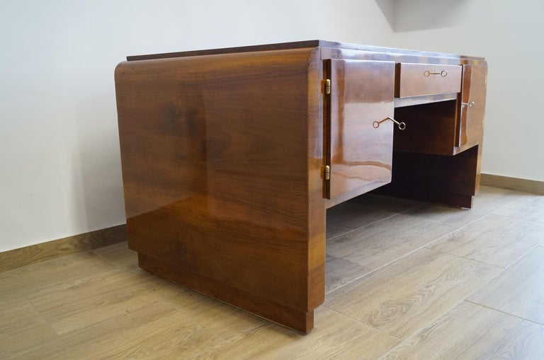 Art Deco Desk from 1940 For Sale 1