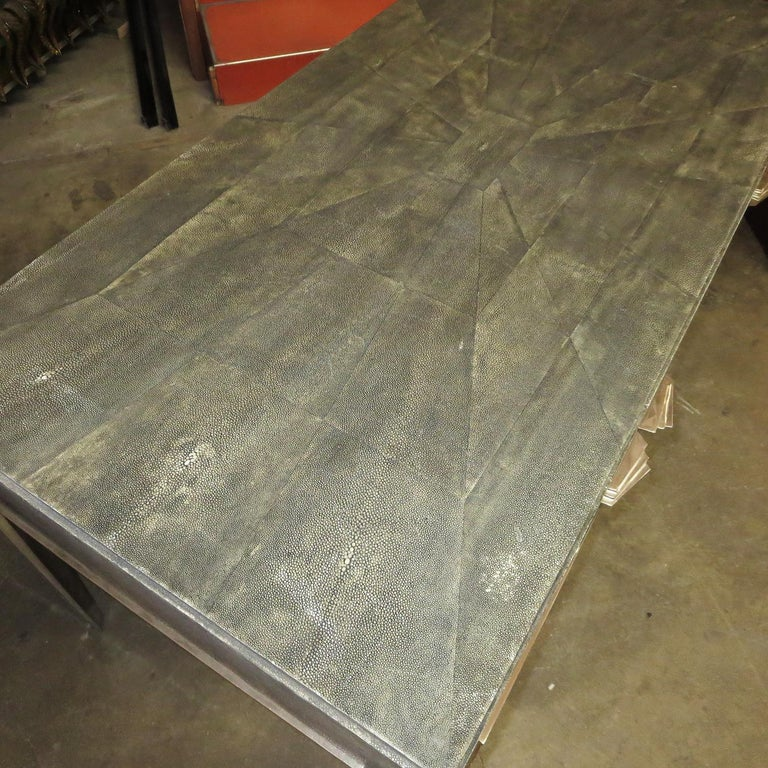 Mid-20th Century Art Deco Desk in Shagreen and Polished Nickel For Sale