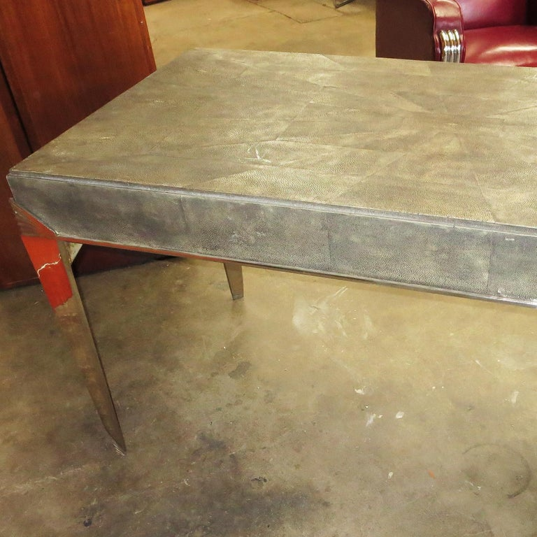 Art Deco Desk in Shagreen and Polished Nickel For Sale 2