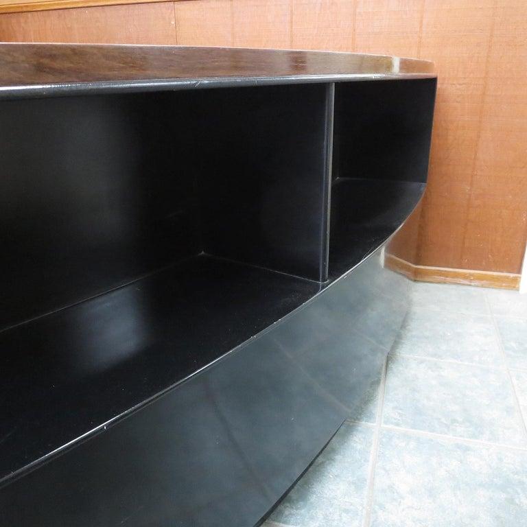Art Deco Desk in Walnut and Black Lacquer For Sale 2