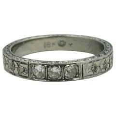 Art Deco Diamond 18 Karat White Gold Wedding Engagement Band Ring