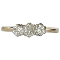Art Deco Diamond and 18 Carat Gold Three-Stone Ring