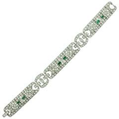 Art Deco Diamond and Emerald Bracelet in Platinum, circa 1930s