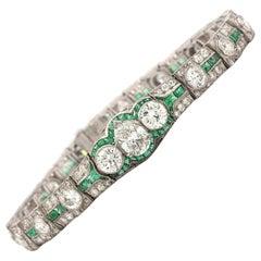 Art Deco Diamond and Emerald Bracelet with GIA Pear Shape 1.46 Carat F/VS 2